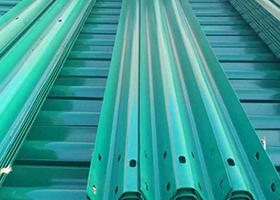 近期波形护栏原材料行情今日波形防撞护栏价格