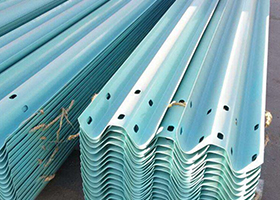 山东那有卖高速路护栏的波形护栏板生产厂家