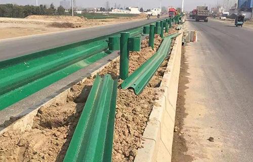 农村公路波形护栏厂家乡村公路护栏多少钱
