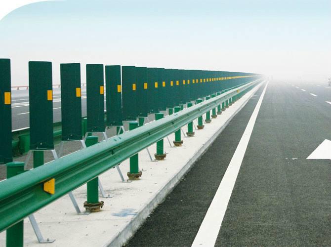 高速公路护栏生产厂家高速护栏多少钱一米