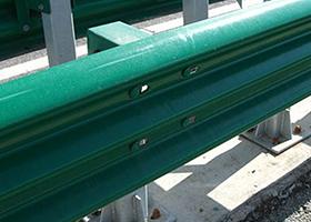 西安波形护栏厂家高速三波护栏多少钱一米